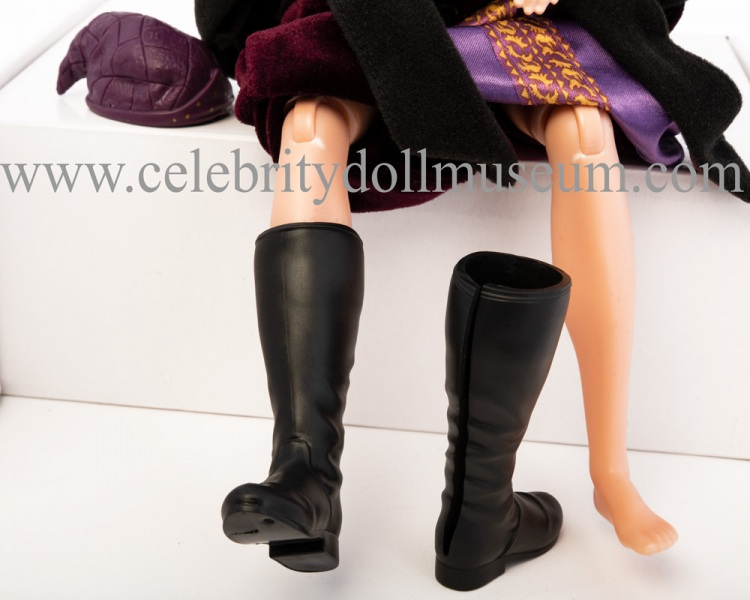 Richard Harris figure boots